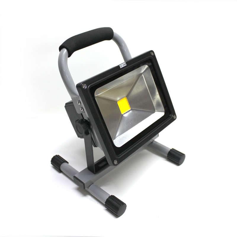 Proyector LED,  20W con batería recargable
